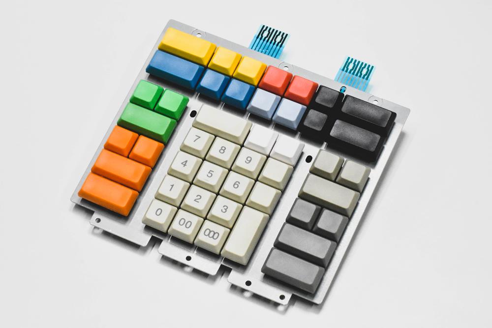 メタルフレームキーボード
